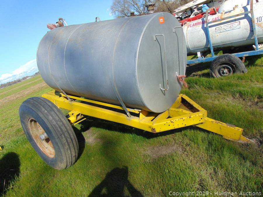 500 Gallon Fuel Tank >> 500 Gallon Fuel Tank With Pump On 1 Axle Trailer Auction Huisman